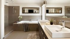 Located in Melbourne, Australia, Sorrento is a home design created by Carlisle Homes. This spectacular design combines huge living areas and endless entert Brown Bathroom, Modern Bathroom, Master Bathroom, Casa Kylie Jenner, Carlisle Homes, Ideas Baños, Bad Styling, Boho Home, Shower Cabin