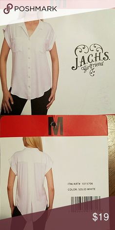 Jachs Girlfriend brand short sleeve, white, size M Same / Next Day Shipping 📦 Smoke-free home 🏠  Bundle items, great savings 💲 Free sample / gift with every purchase 🎁 And thanks for stopping by to browse and hopefully shop my closet 💄💍👢👗👙🛍 Jachs Tops Blouses