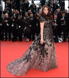 Aishwarya Rai wears ELIE SAAB Haute Couture Spring Summer 2013 to the Premiere of 'Inside Llewyn Davis' at The 66th Annual Cannes Film.