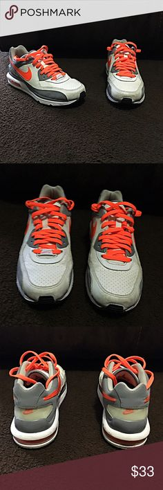 NIKE AIR MAX RUNNING SHOES NIKE AIR MAX SHOES - HAVE BEEN WORN BUT STILL IN GOOD SHAPE 7Y Nike Shoes Athletic Shoes
