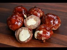 Babybel Balls - Moink Balls mit Babybel gefüllt und Bacon umwickelt vom Grill - Expolore the best and the special ideas about Smokers Bacon Meatloaf, Bacon Wrapped Meatloaf, Meatloaf Recipes, Cooking Meatloaf, Smoked Beef Brisket, Smoked Ribs, Smoker Recipes, Grilling Recipes, Food N