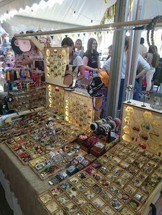 #украшенияольгирыбалкиной  Коробки для демонстрации сережек, брошек и других украшений были изготовлены по моему заказу