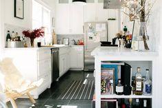 A fun, fresh kitchen