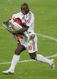 One of the best to ever do it. Only player with 3 champions league cups at 3 different clubs. Mr. Clarence Seedorf.