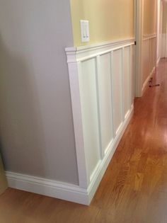 3 Thriving Cool Tips: Painted Wainscoting Fixer Upper wainscoting door master bedrooms.Types Of Wainscoting House wainscoting design baseboards. Wainscoting Kitchen, Dining Room Wainscoting, Painted Wainscoting, Wainscoting Ideas, Wainscoting Nursery, Painted Stairs, Wainscoting Height, Paneling Ideas, Wainscoting Panels