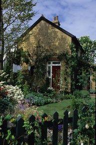 Garden - front yard of cottage