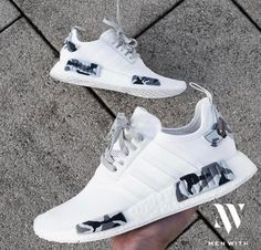 The Adidas NMD 'Snow Camo' is the perfect shoe for your streetwear outfit! Get your hand-painted NMD pair now! Sneakers Fashion, Shoes Sneakers, Adidas Fashion, Basket Style, Aesthetic Shoes, Skate Wear, Hype Shoes, Fresh Shoes, Street Style