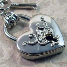 heart lock and key I Love Heart, Key To My Heart, Happy Heart, Follow Your Heart, With All My Heart, Heart Art, Love Lock, Vintage Keys, Antique Keys