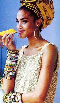 Tropical Punch, Stephanie Roberts by Ellen von Unwerth for Vogue US, April 1991 Big Fashion, Ethnic Fashion, Womens Fashion, Ladies Fashion, Fashion Clothes, Fashion Images, Fashion Styles, Fashion Trends, Ellen Von Unwerth