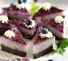 Áfonyás, grízes kekszszelet Cheesecake, Goodies, Yummy Food, Sweets, Caramel, Sweet Like Candy, Gummi Candy, Delicious Food, Gummi Candy