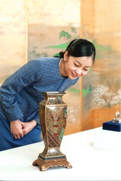 imperialfamilyofjapan: The Imperial Family of Japan released photos of Princess Kako examining Imperial Treasures at the Museum of the Imperial Collections at the Imperial Palace, Japan, to mark her 20th birthday, December 29, 2014.