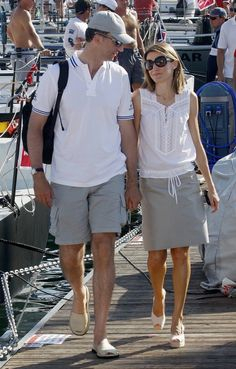 Princess Letizia and Prince Felipe Royal Fashion, Love Fashion, Fashion Outfits, Womens Fashion, Princess Outfits, Princess Style, Summer Outfits, Summer Dresses, Casual Outfits