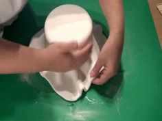 How to cover a dummy cake with fondant.wmv - YouTube