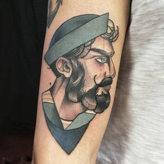 Ahoy Sailor !  *  Done at @roots_tattoo_shop   In Milan  <3   For appointments mail to info@lucreziau.com    #lucreziau #tattoo #topclasstattooing #tttism #italiantraditionaltattoo #eutradtattoo #tradtattoo #thebesttattooartists #bright_and_bold #blacktoptattooing #ink #inked #inkedgirls #oldschool #oldschooltattoo #oldlines #문신 #тату #milano #milanotattoo #ladytattooers