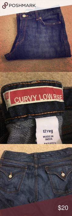 Vintage Gap Jeans Like new condition.  2 button back pockets.  Curvy low rise style with semi-wide leg bottom.  32 inch inseam. GAP Jeans Flare & Wide Leg