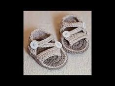 Sandalias bebé crochet o ganchillo. Crochet baby sandals, booties. Galicraft - YouTube
