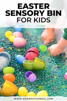 Looking for Easter sensory bin ideas for your preschool or kindergarten kids? Try this simple Easter sensory bin with lavender scented water beads and plastic eggs. It's really fun to play with! Sensory Activities For Autism, Easter Activities For Kids, Infant Activities, Sensory Play, Sensory Diet, Kindergarten Sensory, Nanny Activities, Preschool Education, Indoor Activities