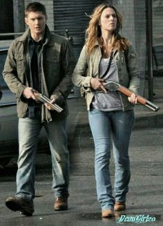 Jo and Dean (Jo is basically dressed like a female Dean, Hunter wardrobe is limited) :D