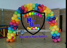 Arco de globos multicolor polka