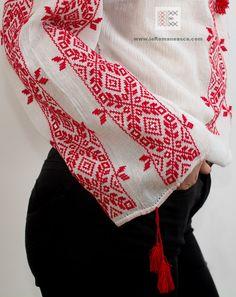 Vintage Embroidery, Cross Stitch Embroidery, Embroidery Patterns, Cross Stitch Patterns, Lazy Daisy Stitch, Bohemian Tops, Straight Stitch, Pattern Fashion, Bohemian Style