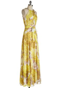 Every Walk of Lively Dress. Displaying many shades of energetic in its bright citrus blossoms, this white maxi dress is an embodiment of spirited style. #yellow #prom #wedding #bridesmaid #modcloth