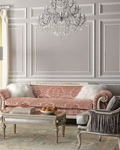 decoration tip 👌 Adding mirrored furniture to ur room take u to a whole new level of elegancey Living Room Decor Country, Design Living Room, French Country Living Room, Country French, American Country, French Style, French Decor, French Country Decorating, Dressing Design