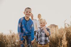 SCHNEIDER FAMILY SESSION - family photographer, craik saskatchewan The Long Dark, Family Photographer, Lifestyle, Couple Photos, Couple Shots, Couple Photography, Couple Pictures