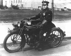 Motorcycle Police: A Tradition of Patrol Excellence | e-Roll Call Magazine