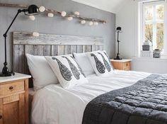 Wezgłowie łóżka wykonane z elementów palet (fot. meble-z-palet.pl