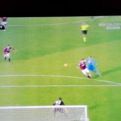 #BolognaNapoli 3-2 #Higuain #Napoli