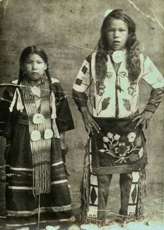 Jean Ochapowace and her brother, Kahkewistahaw (aka Eagle Flying In A Circle), in Saskatchewan, Ontario - Cree - no date
