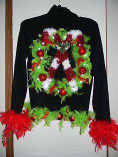 Ugly Gaudy Tacky L Women's Christmas Sweater w/Lighted Wreath, Boa & Ornaments! Tacky Christmas Party, Ugly Christmas Sweater Women, Grinch Christmas, Christmas Costumes, Womens Christmas, Christmas Shirts, Christmas Crafts, Christmas Decorations, Christmas Ideas