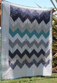 A Little Lotta Chevron Quilt by blooming poppies, via Flickr