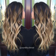 """""""This turned out absolutely GORGEOUS! Just amazed at how we got this to lift to this beautiful blonde in one session. I love ❤️❤️ #balayage…"""""""