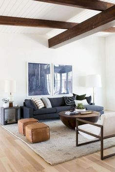 Comfy Modern Eclectic Living Room Decorating Ideas - Home Professional Decoration Mid Century Modern Living Room, Eclectic Living Room, Living Room Modern, Eclectic Sofas, Eclectic Modern, Eclectic Bedrooms, Eclectic Style, Modern Decor, Living Pequeños