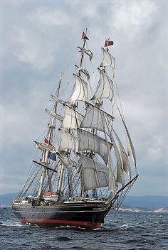 Clipper Ship, Three Masted, Sails