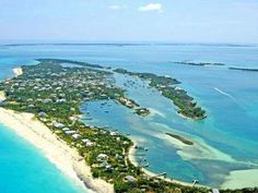 Aerial photo of Man-O-War Cay
