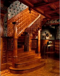 Staircase of an Brownstone Victorian Style Decor, Victorian Interiors, Victorian Architecture, Victorian Homes, Architecture Details, Interior Architecture, Victorian Stairs, Stair Steps, Grand Staircase