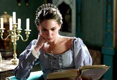 Princess Farya's lilac dress, 2x07 - Magnificent Wardrobe