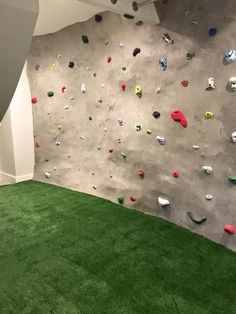 We love seeing ‪#‎artificialgrass‬ used in a multitude of applications. ECOLux LLC, our ProGreen certified dealer in Idaho, recently did an installation for the surface of a rock climbing wall, and, not only does it look fantastic, it meets all ASTM fall-height requirements.