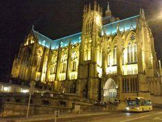 Imposante cathédrale de Metz