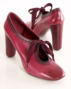 MARC JACOBS - I don't know what it is about these shoes, but I adore them!! I would wear them every day.