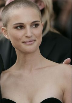 Women that can pull off a bald haircut - Natalie Portman #purebeauty #nohairdontcare