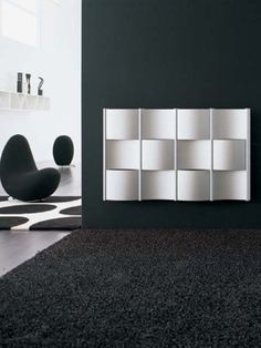Utah designer radiator: a useful coloured radiator with handy shelves. We recommend this designer radiator for cloakrooms, bathrooms and hallways. This coat rack radiator can be ordered in 40 colours without extra charge. Contemporary Radiators, Radiator Heater, Designer Radiator, Decoration, Shelves, Table, Furniture, House Ideas, Home Decor