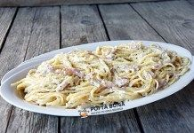 Paste cu smantana, afumatura si parmezan Pizza Lasagna, Pasta Carbonara, Parmezan, Pasta Recipes, Spaghetti, Ethnic Recipes, Food, Youtube, Eten
