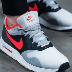 So fresh and so clean. The Nike Air Max Tavas is shaping up to be springtime's freshest silhouette.