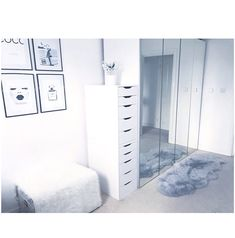 Total Dimension Of Dressing Room Mirror Ideas Little Vanity Table Medium With Furniture Enjoyable Drawers Modern Layout Contemporary Establish. Ikea Dressing Room, Girls Dressing Room, Dressing Room Design, Dressing Table, Cute Room Decor, Teen Room Decor, Room Ideas Bedroom, Bedroom Decor, Aesthetic Room Decor