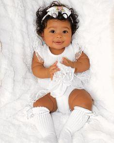Omg, Her sooo cute Little Babies, Cute Babies, Baby Kids, Baby Baby, Brown Babies, Mixed Babies, Beautiful Black Babies, Beautiful Children, Baby Girl Fashion