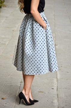 grey & black #topshop #skirt Cherry Drops, Topshop Skirts, Catwalk, Plus Size Fashion, Midi Skirt, Women Wear, Vogue, Street Style, Fasion