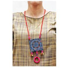 In frame – . – Ercan Abi World Indian Jewelry Earrings, Fancy Jewellery, Ring Earrings, Beaded Jewelry, Textile Jewelry, Fabric Jewelry, Handcrafted Jewelry, Terracotta Jewellery Designs, Necklaces